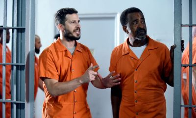"BROOKLYN NINE-NINE: L-R: Andy Samberg and guest star Tim Meadows in the ""The Big House Pt.2"""
