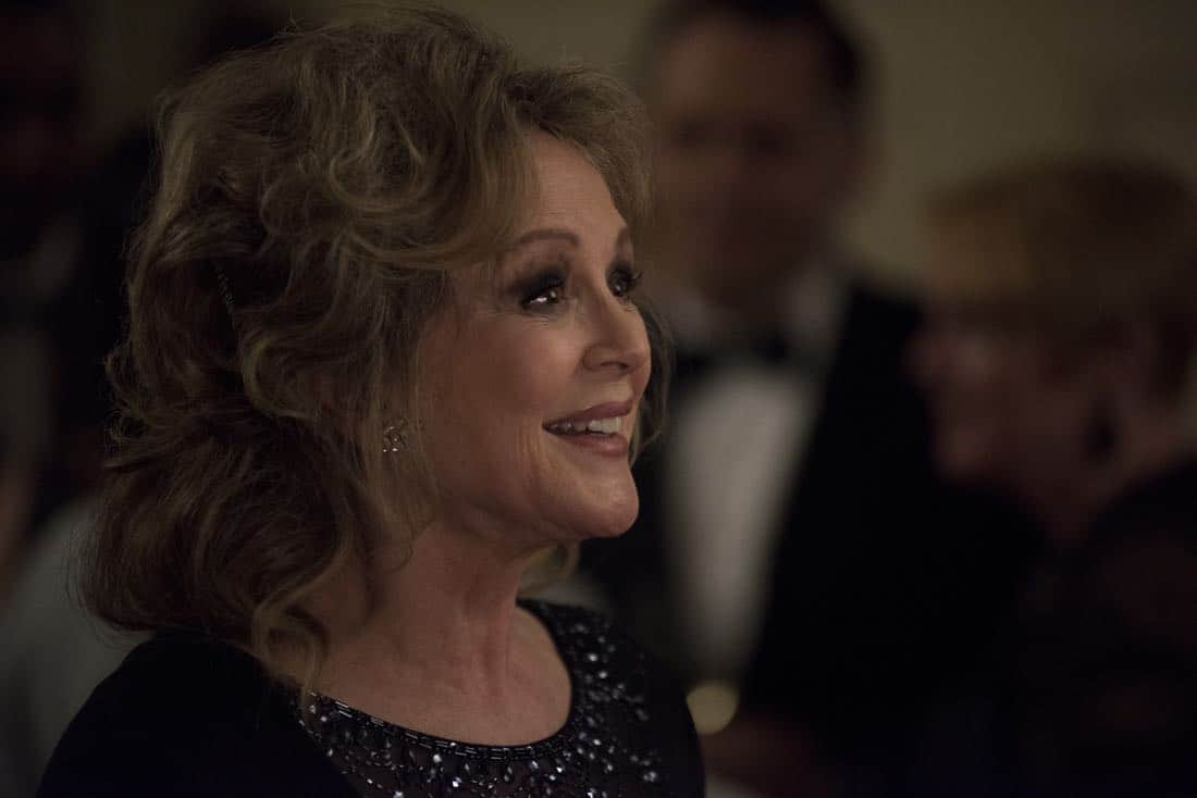 """DESIGNATED SURVIVOR - """"Sting of the Tail"""" - FBI Agent Hannah Wells finally closes in on Patrick Lloyd, but when the president decides to take action during the White House Correspondents Dinner, members of the Homeland Security Council threaten to derail their plans, on """"Designated Survivor,"""" airing WEDNESDAY, OCTOBER 4 (10:00-11:00 p.m. EDT). (ABC/John Medland) BONNIE BEDELIA"""