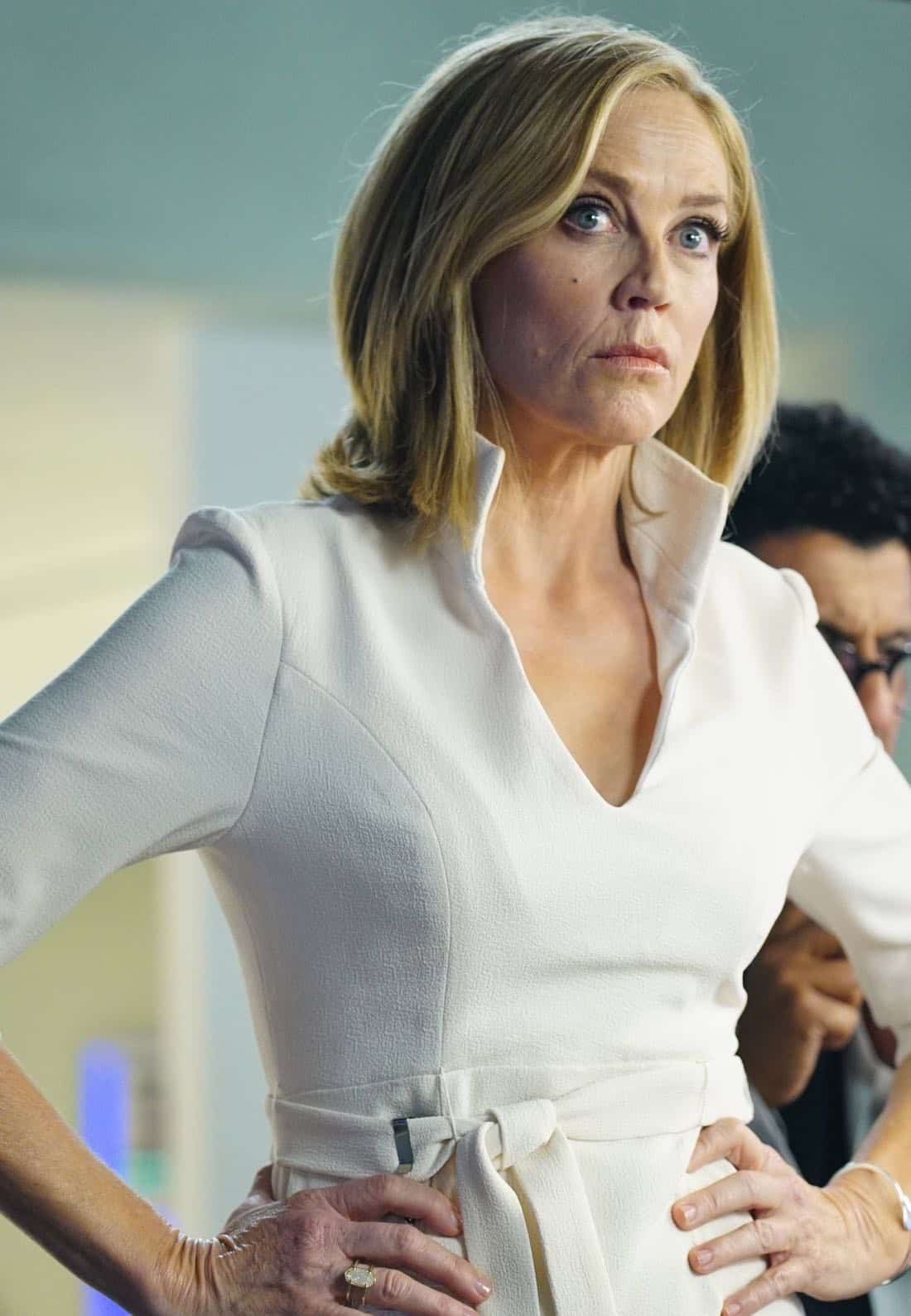 GHOSTED: Ally Walker in the pilot episode of GHOSTED premiering Sunday, Oct. 1 (8:30-9:00 PM ET/PT) on FOX. ©2017 Fox Broadcasting CO. CR: Kevin Estrada/FOX