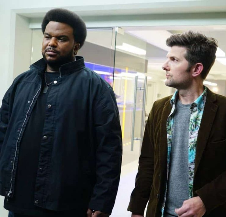 GHOSTED: L-R: Craig Robinson and Adam Scott in GHOSTED premiering Oct. 1 (8:30-9:00 PM ET/PT) on FOX. ©2017 Fox Broadcasting Co. Cr: Kevin Estrada/Fox.