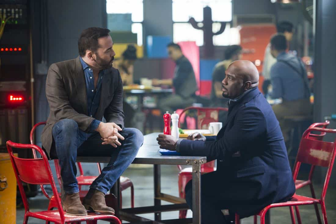 """Pilot"" -- Pictured: Jeremy Piven as Jeffrey Tanner and Richard T. Jones as Detective Tommy Cavanaugh. Visionary tech innovator Jeffrey Tanner creates a cutting-edge crowdsourcing platform to solve his daughter's murder, and revolutionize crime solving in the process, on the series premiere of the new drama WISDOM OF THE CROWD, Sunday, Oct. 1 (8:30-9:30 PM, ET/PT), on the CBS Television Network. Jeremy Piven, Richard T. Jones, Natalia Tena, Monica Potter, Blake Lee and Jake Matthews star.  Photo: Diyah Pera/CBS  ©2017 CBS Broadcasting, Inc. All Rights Reserved"