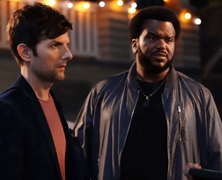 """GHOSTED: Pictured L-R: Adam Scott and Craig Robinson in the """"Jermaine the Zombie"""" episode of GHOSTED airing Sunday, Oct. 8 (8:30-9:00 PM ET/PT) on FOX. ©2017 Fox Broadcasting Co. CR: Kevin Estrada/FOX"""