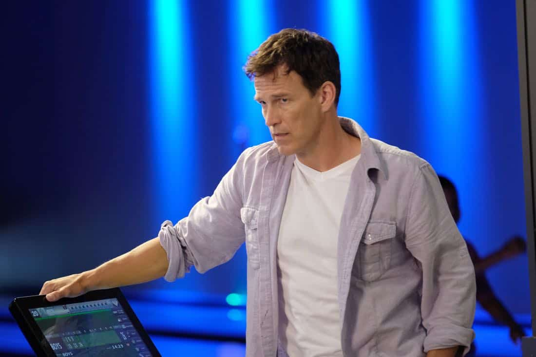 """THE GIFTED:  Stephen Moyer in the """"A New World"""" episode of THE GIFTED airing Monday, Oct. 9 (9:00-10:00 PM ET/PT) on FOX.  ©2017 Fox Broadcasting Co.  Cr:  Eliza Morse/FOX"""