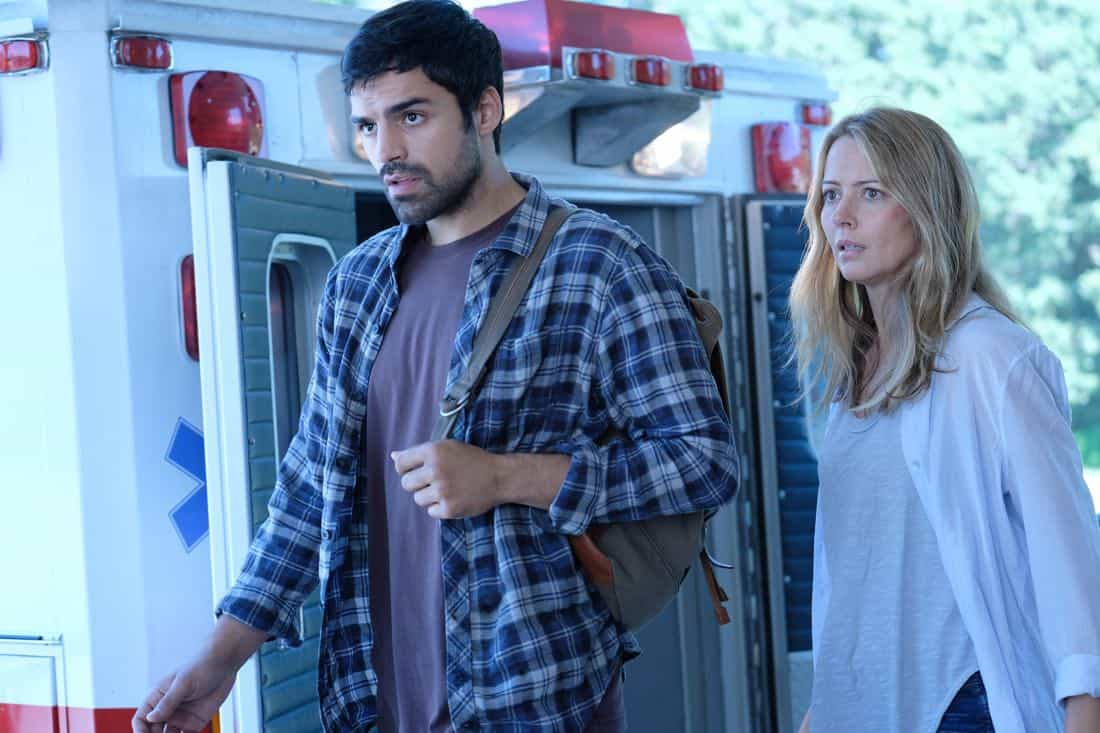 """THE GIFTED: L-R: Sean Teale and Amy Acker in the """"A New World"""" episode of THE GIFTED airing Monday, Oct. 9 (9:00-10:00 PM ET/PT) on FOX. ©2017 Fox Broadcasting Co. Cr: Eliza Morse/FOX"""