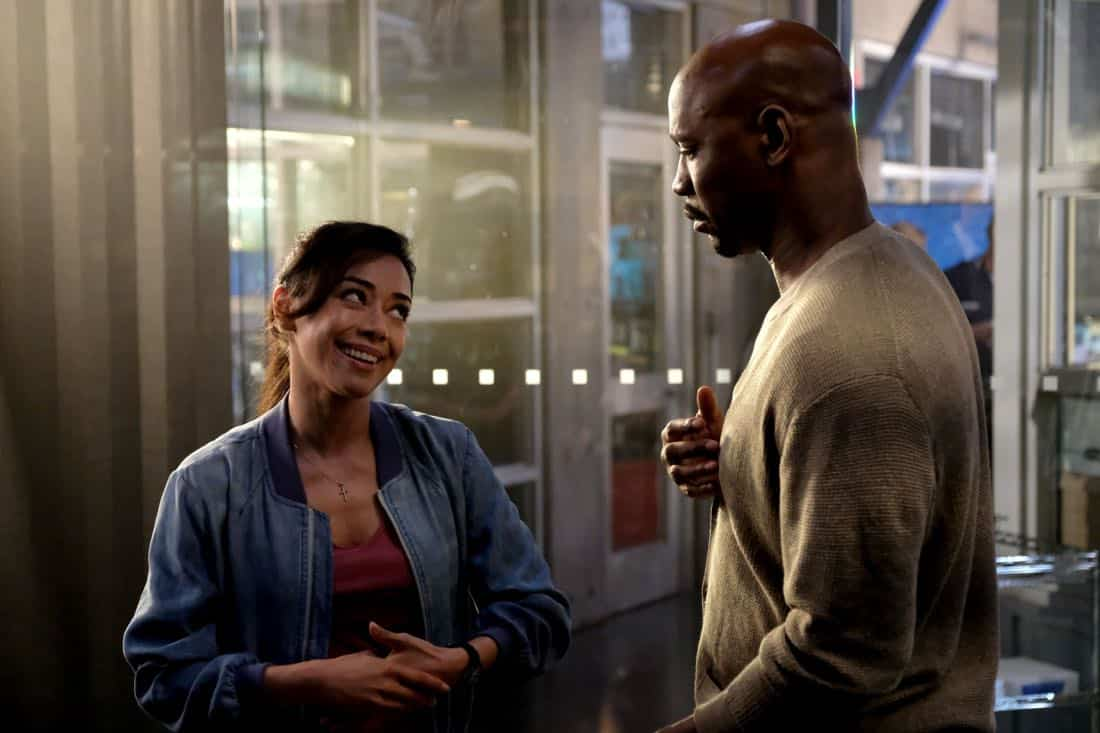 """LUCIFER: L-R: Aimee Garcia and DB Woodside in the """"They???re Back, Aren???t They?"""" Season Three premiere episode of LUCIFER airing Monday, Oct. 2 (8:00-9:00 PM ET/PT) on FOX.  ©2017 Fox Broadcasting Co. Cr: FOX."""