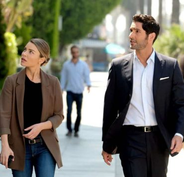 "LUCIFER: L-R: Lauren German and Tom Ellis in the ""They???re Back, Aren???t They?"" Season Three premiere episode of LUCIFER airing Monday, Oct. 2 (8:00-9:00 PM ET/PT) on FOX. ©2017 Fox Broadcasting Co. Cr: FOX."