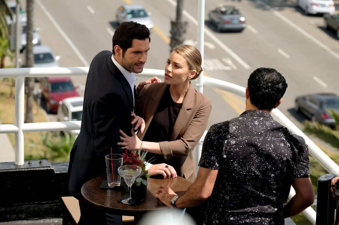 """LUCIFER: L-R: Tom Ellis, Lauren German and guest star Pej Vahdat in the """"They???re Back, Aren???t They?"""" Season Three premiere episode of LUCIFER airing Monday, Oct. 2 (8:00-9:00 PM ET/PT) on FOX.  ©2017 Fox Broadcasting Co. Cr: FOX."""