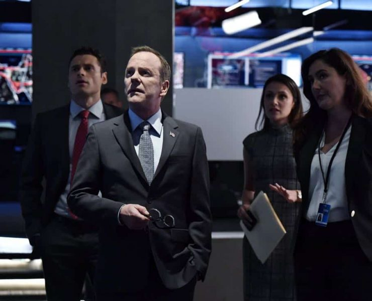 """DESIGNATED SURVIVOR- """"Outbreak"""" – President Kirkman is faced with a viral pandemic that threatens to kill countless Americans while FBI Agent Hannah Wells and M16 Agent Damian Rennett discover evidence that could change the lives of members of the first family forever, on """"Designated Survivor,"""" airing WEDNESDAY, OCTOBER 11 (10:00-11:00 p.m. EDT). (ABC/Ben Mark Holzberg) ADAN CANTO, KIEFER SUTHERLAND, ITALIA RICCI, ALICIA COPPOLA"""