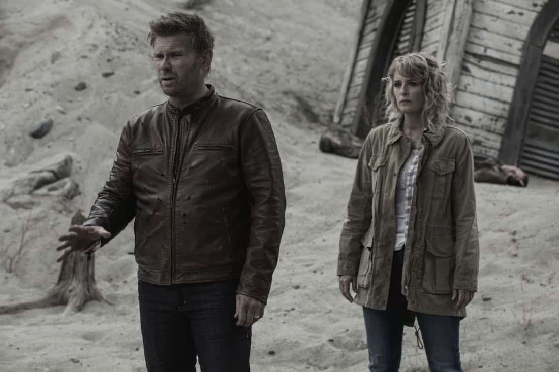 "Supernatural -- ""The Rising Son""  -- Image Number: SN1302a_0077.jpg -- Pictured (L-R): Mark Pellegrino as Lucifer and Samantha Smith as Mary Winchester -- Photo: Jack Rowand/The CW -- © 2017 The CW Network, LLC All Rights Reserved."