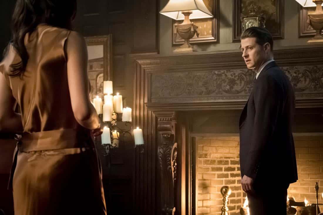 """GOTHAM: Ben McKenzie in the """"A Dark Knight: The Demon's Head"""" episode of GOTHAM airing Thursday, Oct. 12 (8:00-9:01 PM ET/PT) on FOX. CR: Jeff Neumann/FOX"""