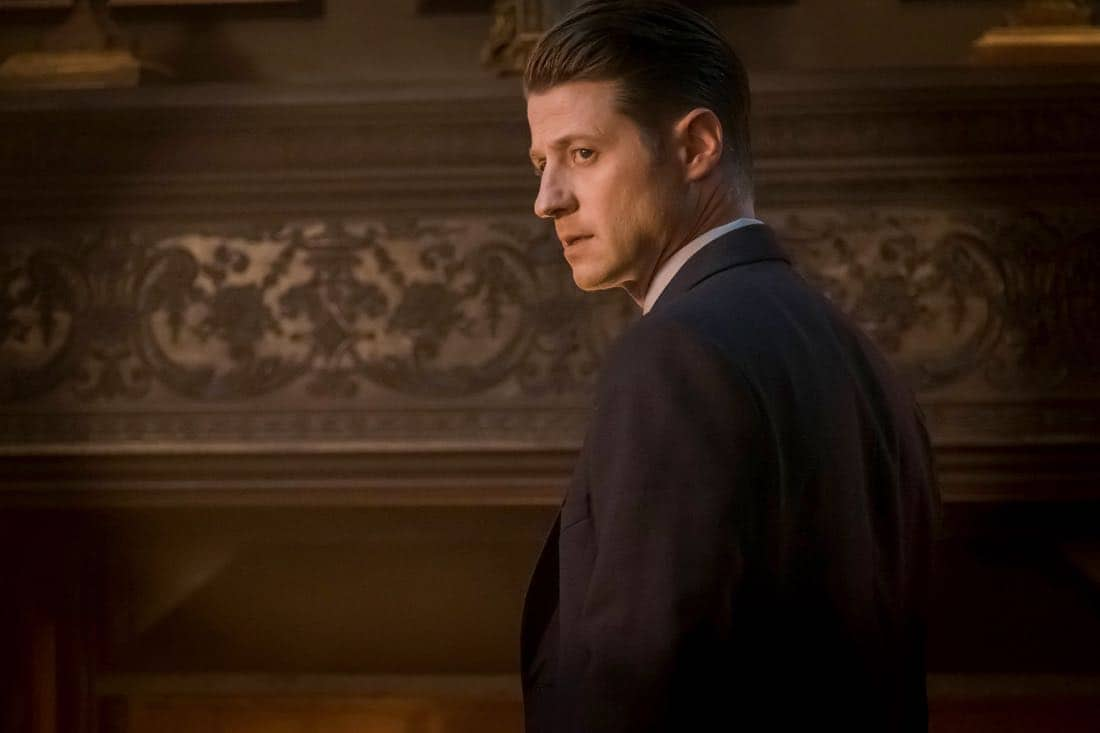 "GOTHAM: Ben McKenzie in the ""A Dark Knight: The Demon's Head"" episode of GOTHAM airing Thursday, Oct. 12 (8:00-9:01 PM ET/PT) on FOX. CR: Jeff Neumann/FOX"