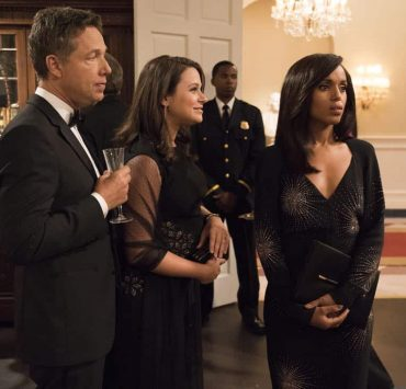 """SCANDAL - """"Pressing the Flesh"""" - President Mellie Grant hosts a state dinner for President Rashad of Bashran in a first step toward peace in the Middle East, and in case Mellie's charm alone doesn't work, Olivia secretly puts Jake to work so that they are armed with a back-up plan. Meanwhile, the team at Quinn Perkins & Associates attends the party in hopes to gain more high-profile clientele, on """"Scandal,"""" airing THURSDAY, OCTOBER 12 (9:00-10:00 p.m. EDT), on The ABC Television Network. (ABC/Mitch Haaseth) GEORGE NEWBERN, KATIE LOWES, KERRY WASHINGTON"""
