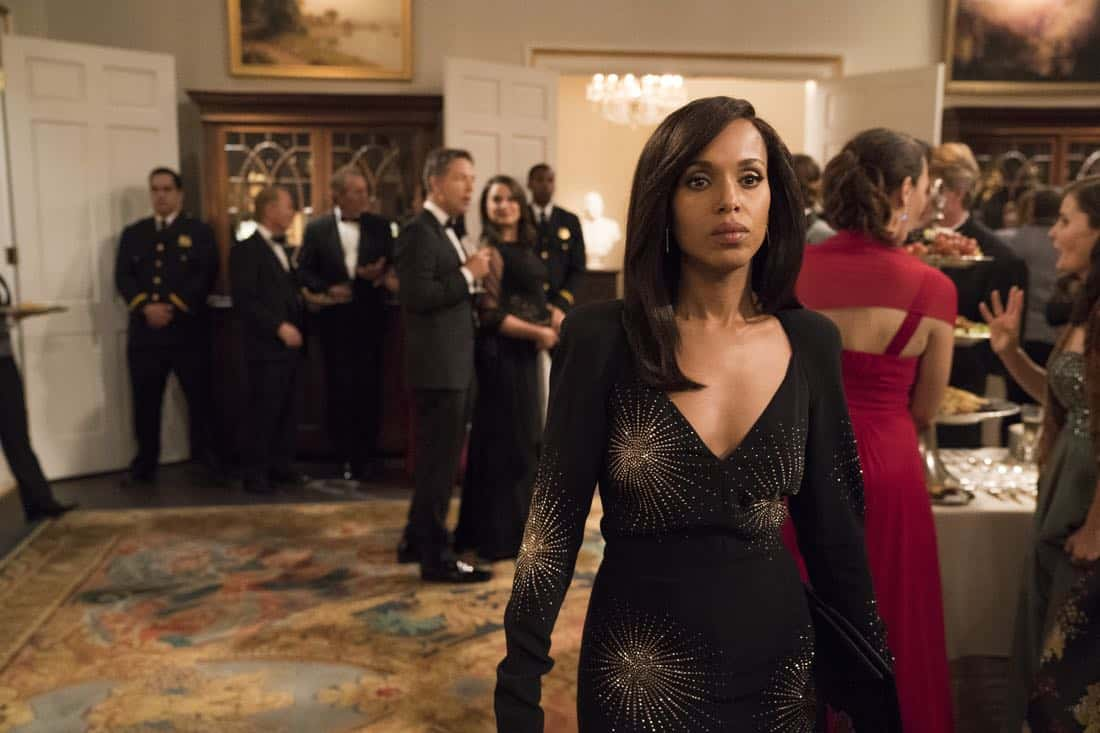 """SCANDAL - """"Pressing the Flesh"""" - President Mellie Grant hosts a state dinner for President Rashad of Bashran in a first step toward peace in the Middle East, and in case Mellie's charm alone doesn't work, Olivia secretly puts Jake to work so that they are armed with a back-up plan. Meanwhile, the team at Quinn Perkins & Associates attends the party in hopes to gain more high-profile clientele, on """"Scandal,"""" airing THURSDAY, OCTOBER 12 (9:00-10:00 p.m. EDT), on The ABC Television Network. (ABC/Mitch Haaseth) KERRY WASHINGTON"""