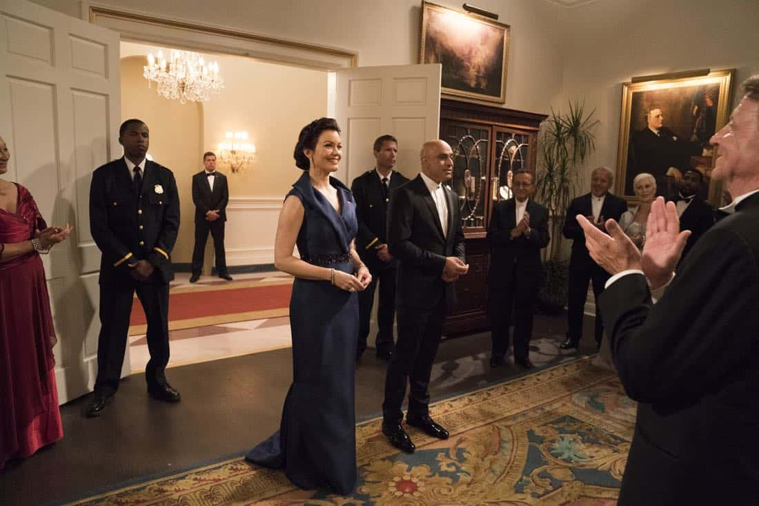 """SCANDAL - """"Pressing the Flesh"""" - President Mellie Grant hosts a state dinner for President Rashad of Bashran in a first step toward peace in the Middle East, and in case Mellie's charm alone doesn't work, Olivia secretly puts Jake to work so that they are armed with a back-up plan. Meanwhile, the team at Quinn Perkins & Associates attends the party in hopes to gain more high-profile clientele, on """"Scandal,"""" airing THURSDAY, OCTOBER 12 (9:00-10:00 p.m. EDT), on The ABC Television Network. (ABC/Mitch Haaseth) BELLAMY YOUNG, FARAN TAHIR"""