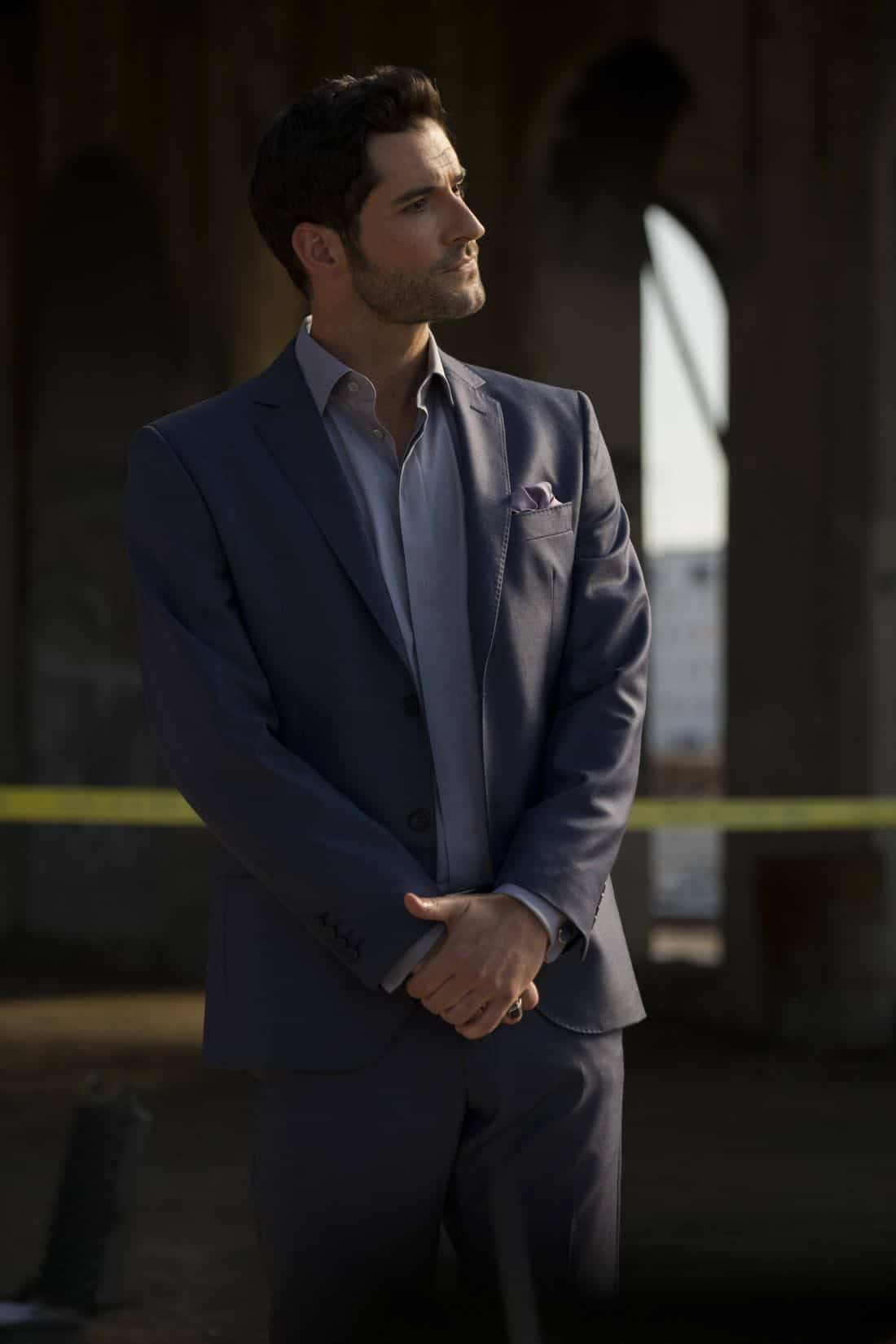"LUCIFER: Tom Ellis in the ""The One With The Baby Carrot"" episode of LUCIFER airing Monday, Oct. 9 (8:00-9:00 PM ET/PT) on FOX. Cr: John P Flexor/FOX"