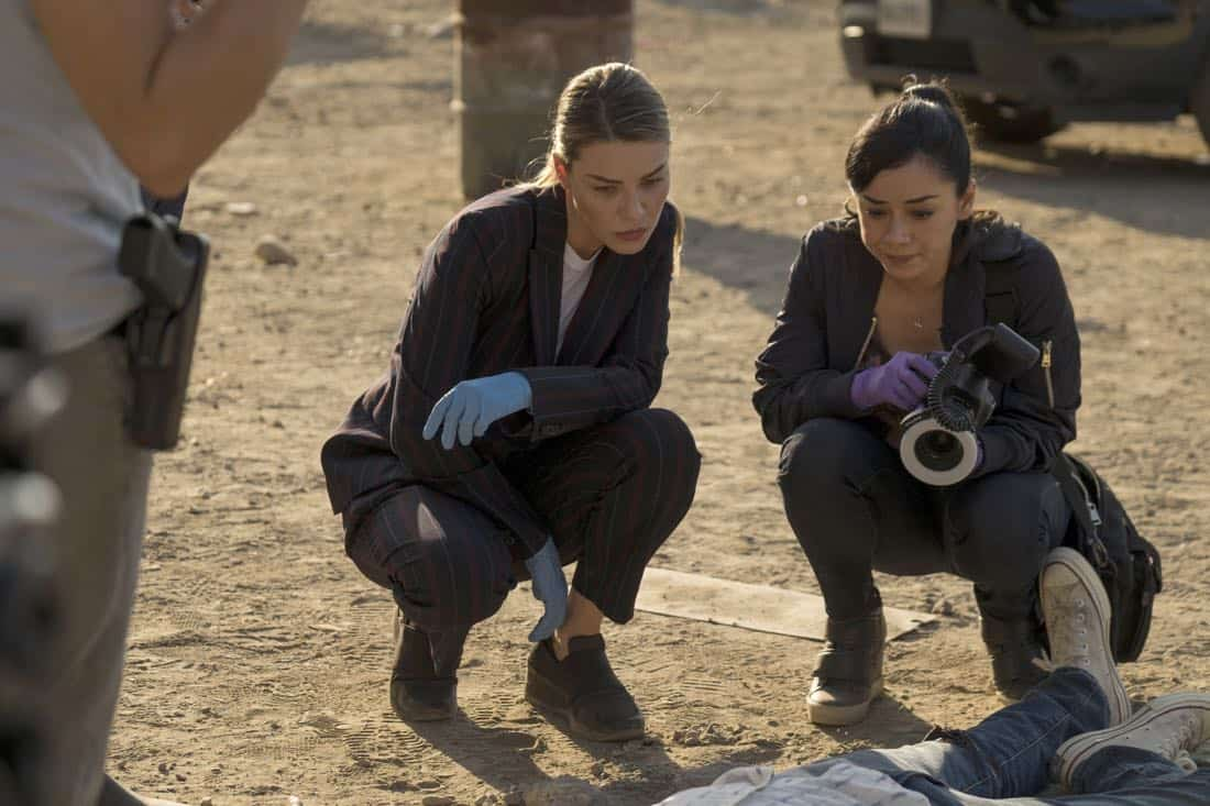 "LUCIFER: L-R: Lauren German and Aimee Garcia  in the ""The One With The Baby Carrot"" episode of LUCIFER airing Monday, Oct. 9 (8:00-9:00 PM ET/PT) on FOX. Cr: John P Flexor/FOX"