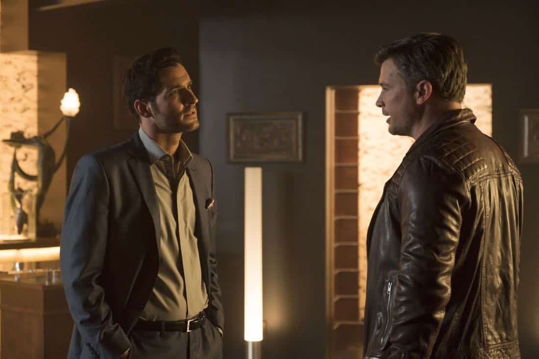 "LUCIFER: L-R: Tom Ellis and Tom Welling in the ""The One With The Baby Carrot"" episode of LUCIFER airing Monday, Oct. 9 (8:00-9:00 PM ET/PT) on FOX. Cr: John P Flexor/FOX"