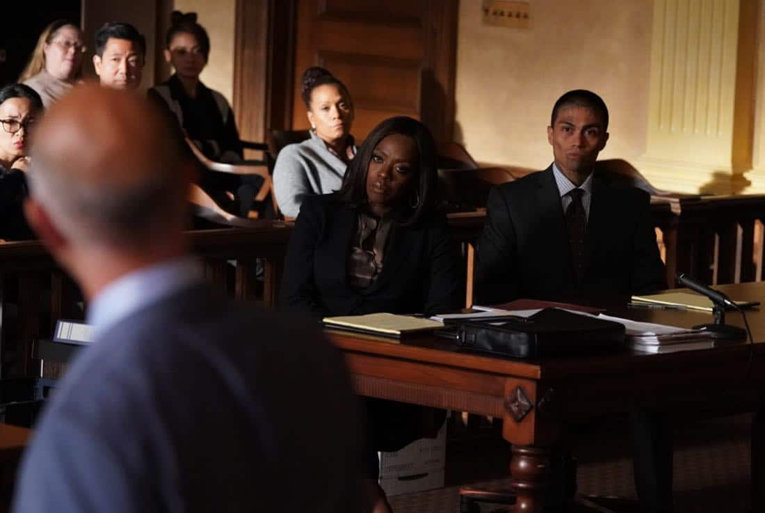 """HOW TO GET AWAY WITH MURDER - """"It's For the Greater Good"""" - Annalise takes on a case for the greater good and quickly realizes the stakes are much higher than she originally thought. Meanwhile, Laurel asks Michaela to help get information regarding Wes' death and Connor makes a major life decision that is not supported by the group. In a flash-forward, a surprising confrontation during the night of the crime is revealed, on """"How to Get Away with Murder,"""" THURSDAY, OCTOBER 12 (10:00-11:00 p.m. EDT), on The ABC Television Network. (ABC/Mitch Haaseth) VIOLA DAVIS, RENE MORAN"""