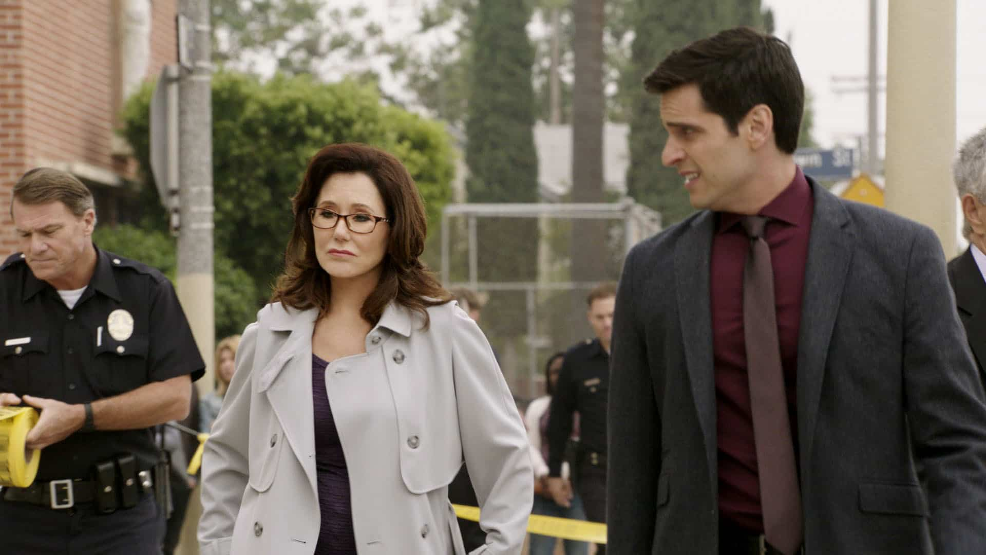 MAJOR CRIMES Season 6 Episode 1 Sanctuary City Part 1