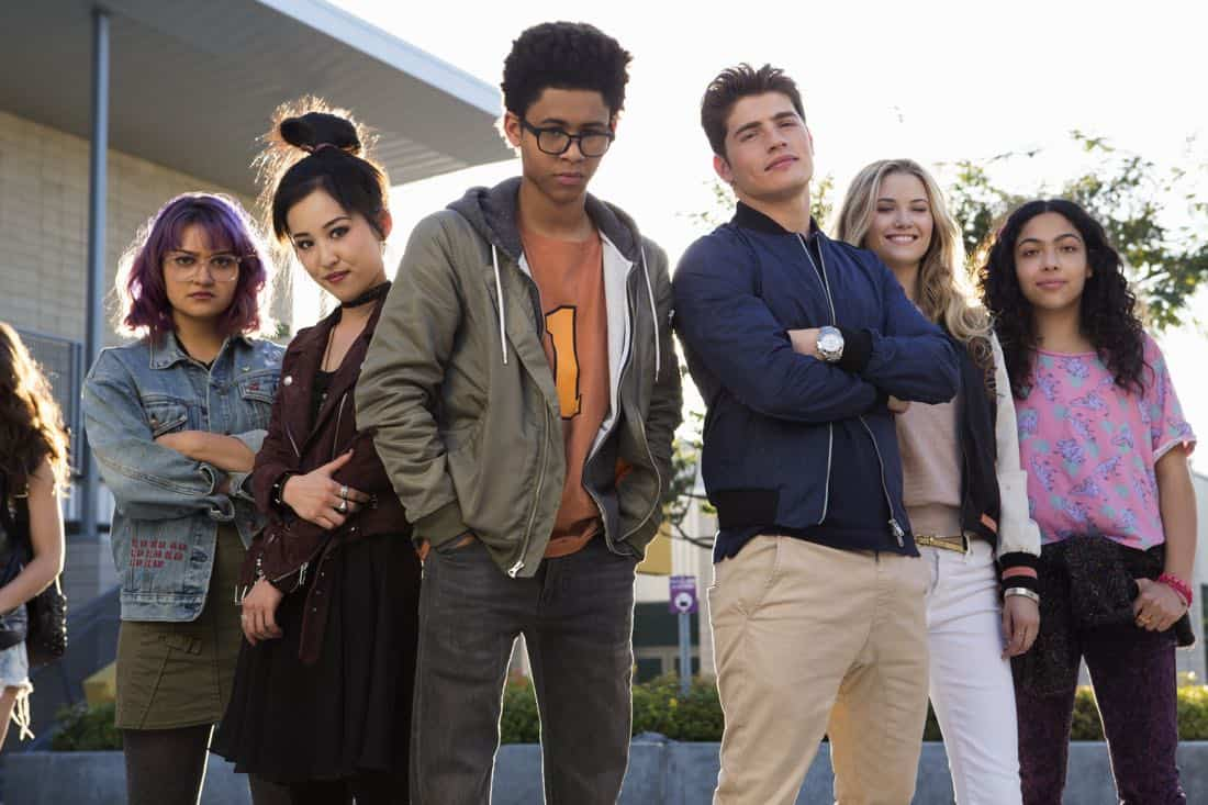 Marvel's Runaways: Hulu Releases First Teaser for New Series