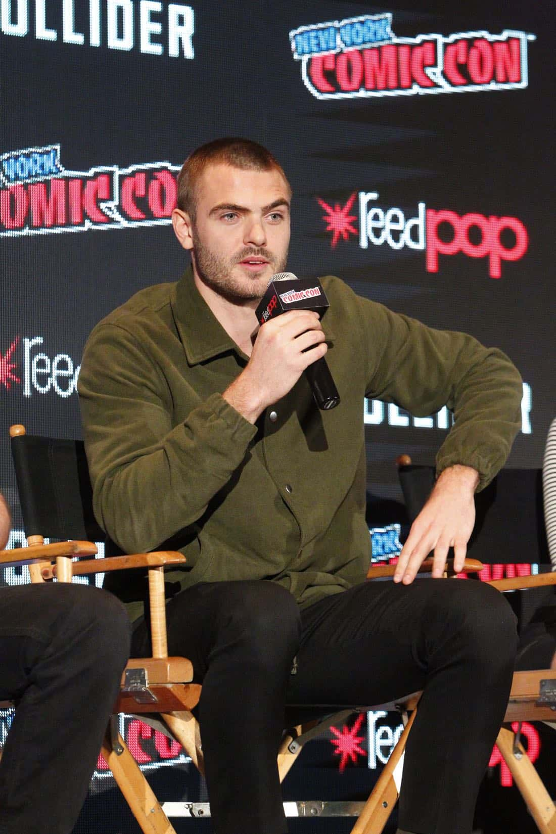 """NY COMIC-CON 2017 - SIREN - Freeform's genre programming was out in full force at this year's New York Comic Con on Saturday, October 7th with executive producers and cast from the hit series """"Shadowhunters,"""" """"Beyond,"""" and new original series """"Siren."""" (Freeform/Lou Rocco) ALEX ROE"""