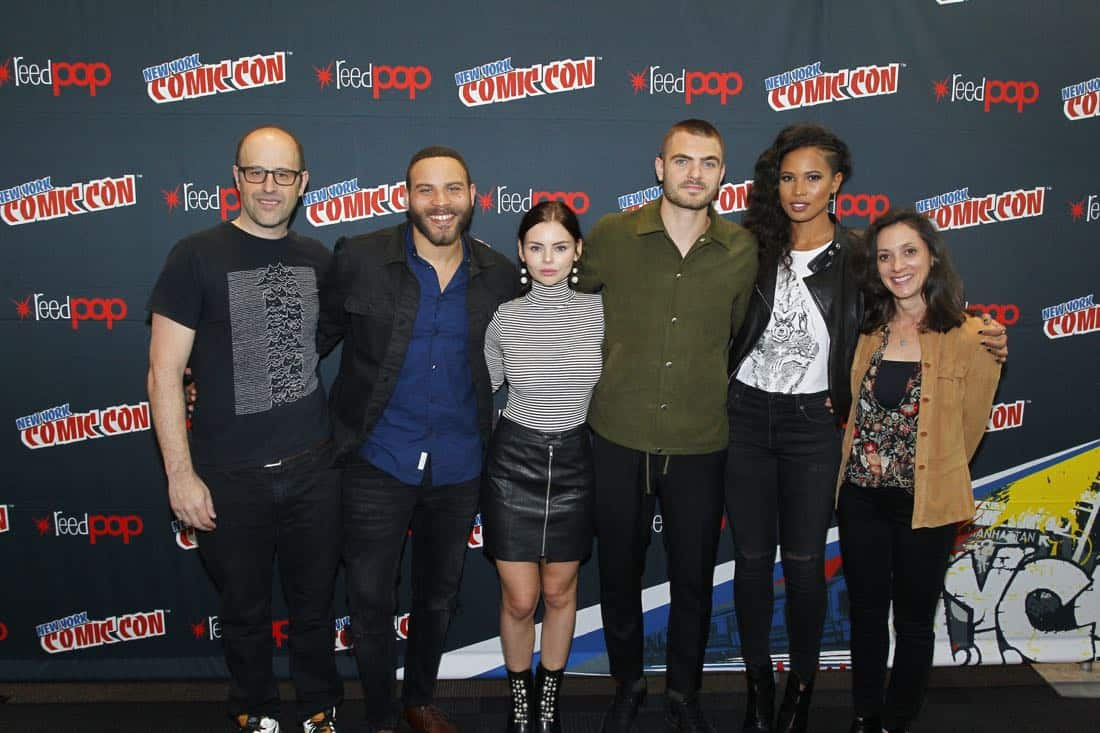 """NY COMIC-CON 2017 - SIREN - Freeform's genre programming was out in full force at this year's New York Comic Con on Saturday, October 7th with executive producers and cast from the hit series """"Shadowhunters,"""" """"Beyond,"""" and new original series """"Siren.""""  (Freeform/Lou Rocco) ERIC WALD (EXECUTIVE PRODUCER), IAN VERDUN, ELINE POWELL, ALEX ROE, FOLA EVANS-AKINGBOLA, EMILY WHITESELL (EXECUTIVE PRODUCER)"""