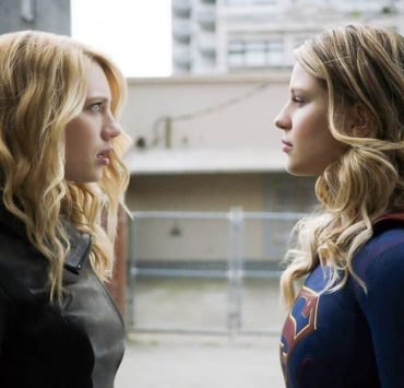 "Supergirl -- ""Triggers"" -- SPG302_SG_0136348.jpg -- Pictured (L-R): Yael Grobglas as Psi and Melissa Benoist as Kara/Supergirl -- Photo: The CW -- © 2017 The CW Network, LLC. All Rights Reserved"
