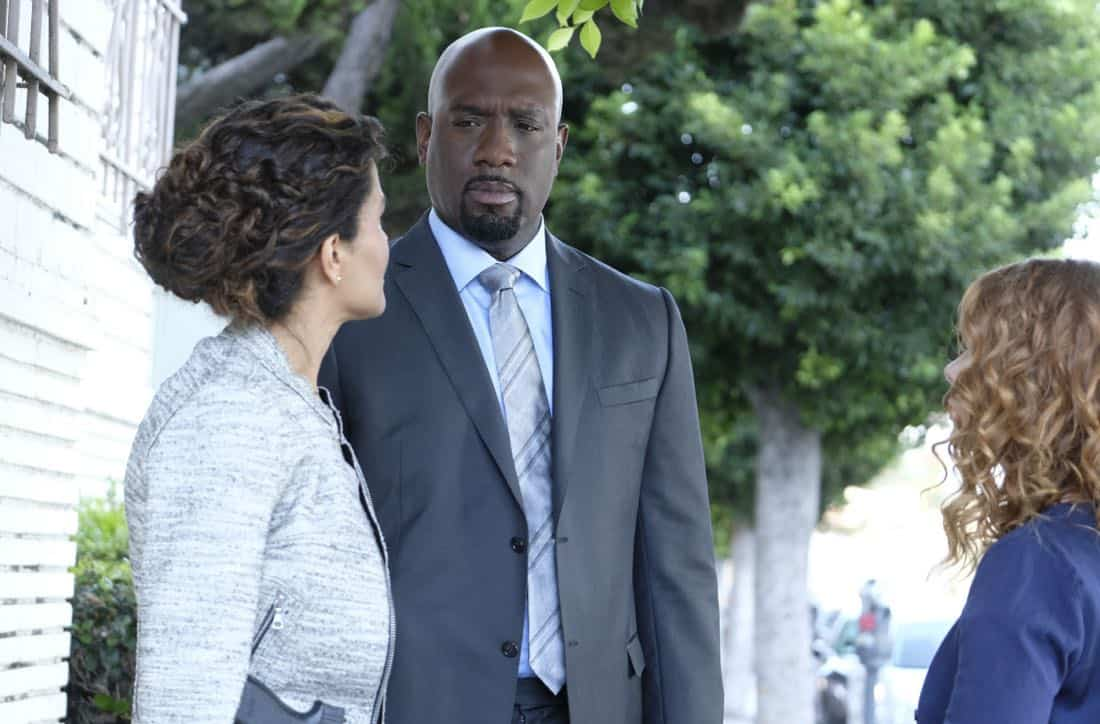 """""""Machine Learning"""" -- Pictured: Richard T. Jones as Detective Tommy Cavanaugh. After the team puts publicly available crime data into Sophe, the platform exposes a serial killer plaguing Silicon Valley and the Bay Area by connecting previously unrelated murders, on WISDOM OF THE CROWD, Sunday, Oct. 15 (8:30-9:30 PM, ET/PT) on the CBS Television Network.Photo: Patrick Wymore/CBS ©2017 CBS Broadcasting, Inc. All Rights Reserved"""
