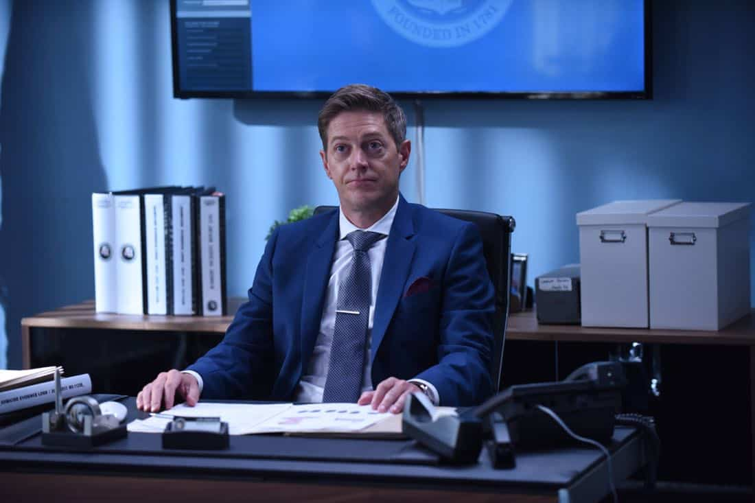 """LETHAL WEAPON: Kevin Rahm in the """"Flight Risk"""" episode of LETHAL WEAPON airing Tuesday, Oct. 17 (8:00-9:00 PM ET/PT) on FOX. ©2017 Fox Broadcasting Co. CR: Ray Mickshaw/FOX"""