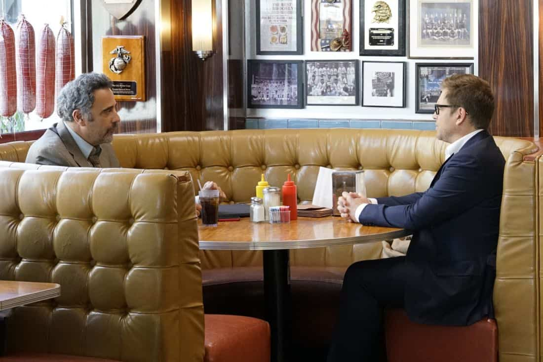 """The Illusion of Control""-- Bull hires an eccentric lawyer to represent him when a celebrity sues him after his advice regarding her custody case backfires, on BULL, Tuesday, Oct 17 (9:00-10:00 PM, ET/PT) on the CBS Television Network.  Pictured L-R: Brad Garrett as Ron Getman and Michael Weatherly as Dr. Jason Bull Photo: John Paul Filo/CBS ©2017 CBS Broadcasting, Inc. All Rights Reserved"