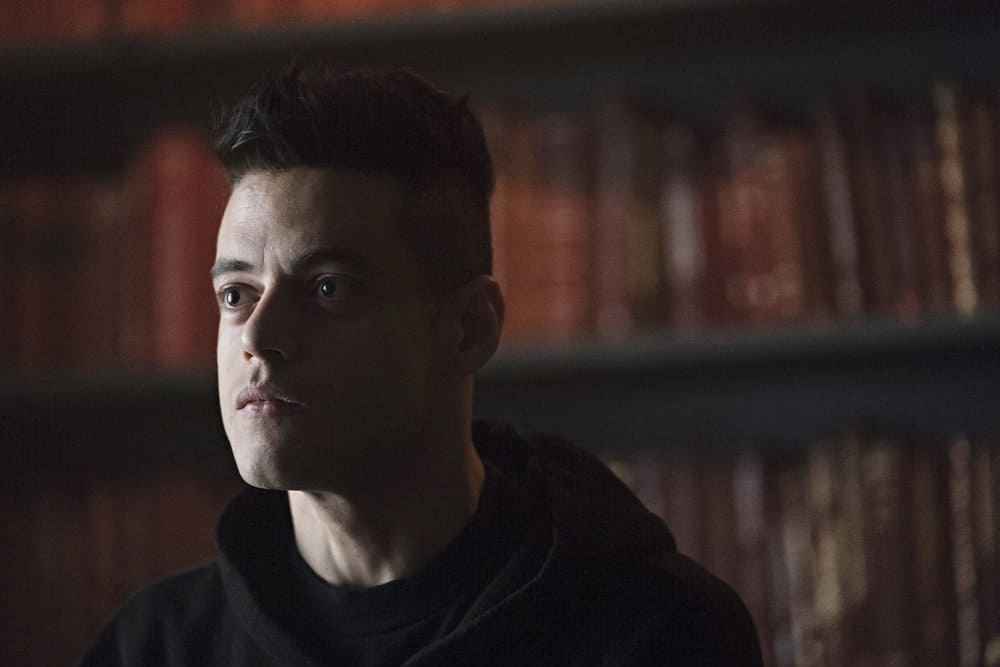 "MR. ROBOT -- ""eps3.1_undo.gz"" Episode 302 -- Pictured: Rami Malek as Elliot Alderson -- (Photo by: Peter Kramer/USA Network)"