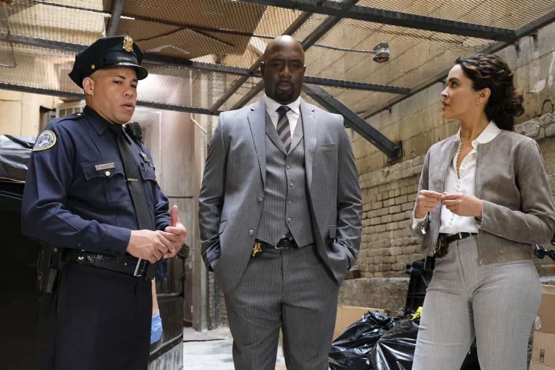 """""""User Bias"""" -- Pictured: Richard T. Jones as Detective Tommy Cavanaugh and Ion Overman as Elena Ruiz. The San Francisco P.D. comes to Tanner to get Sophe's help on a politically charged murder case following a rally in the city, on WISDOM OF THE CROWD, Sunday, Oct. 22 (8:30-9:30 PM, ET/8:00-9:00 PM, PT) on the CBS Television Network. Photo: Darren Michaels/CBS ©2017 CBS Broadcasting, Inc. All Rights Reserved."""