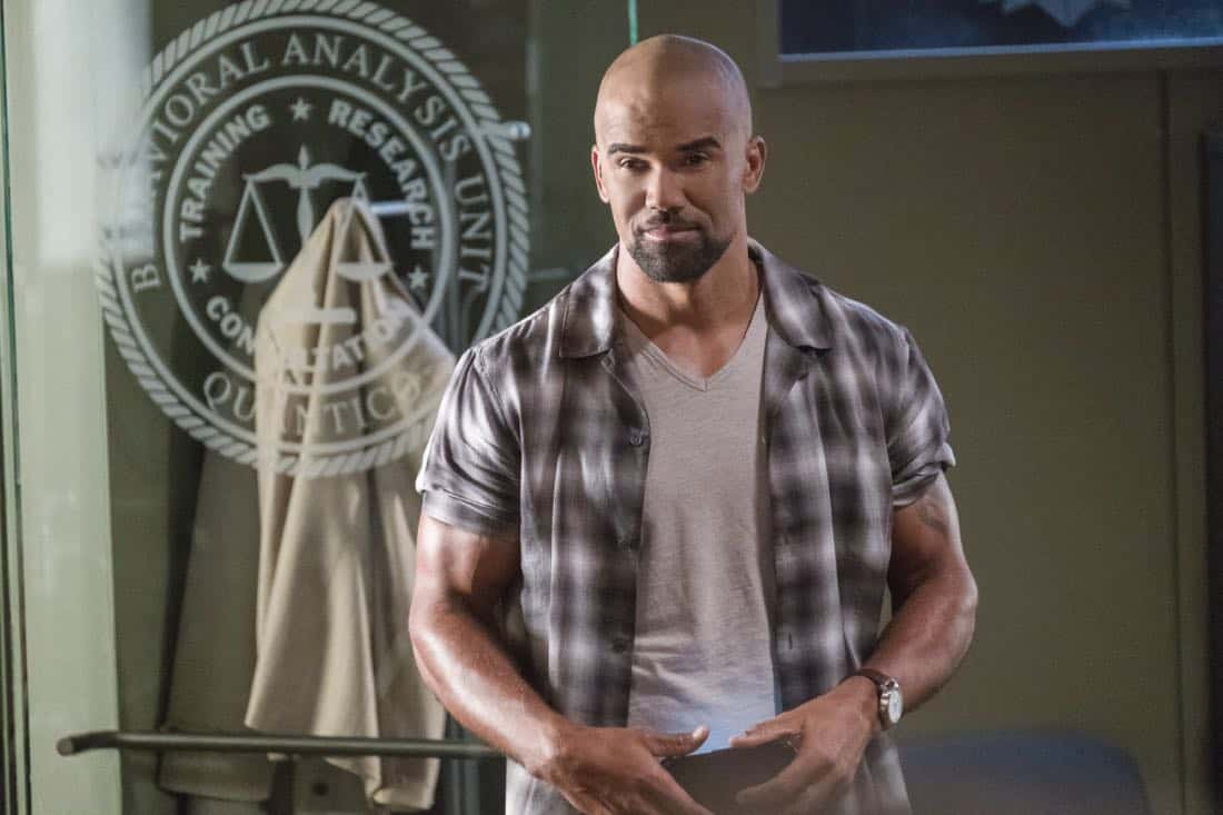 """""""Lucky Strikes"""" -- When Garcia experiences anxiety over a case that's personal to her from her past, Morgan visits to lend emotional support, on CRIMINAL MINDS, Wednesday, Oct. 25 (10:00-11:00 PM, ET/PT) on the CBS Television Network.  Pictured: Shemar Moore (Derek Morgan)   Photo: Darren Michaels/CBS ©2017 CBS Broadcasting, Inc. All Rights Reserved"""