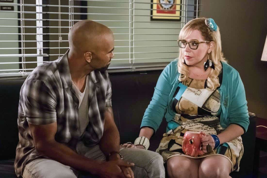 """""""Lucky Strikes"""" -- When Garcia experiences anxiety over a case that's personal to her from her past, Morgan visits to lend emotional support, on CRIMINAL MINDS, Wednesday, Oct. 25 (10:00-11:00 PM, ET/PT) on the CBS Television Network. Pictured: Shemar Moore (Derek Morgan), Kirsten Vangsness (Penelope Garcia) Photo: Darren Michaels/CBS ©2017 CBS Broadcasting, Inc. All Rights Reserved"""