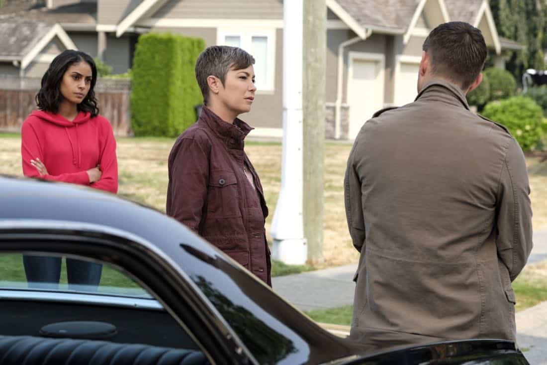 """Supernatural -- """"Patience"""" -- Image Number: SN1303a_0139b.jpg -- Pictured (L-R): Clark Backo as Patience, Kim Rhodes as Jody Mills, Jensen Ackles as Dean -- Photo: Bettina Strauss/The CW -- © 2017 The CW Network, LLC All Rights Reserved."""