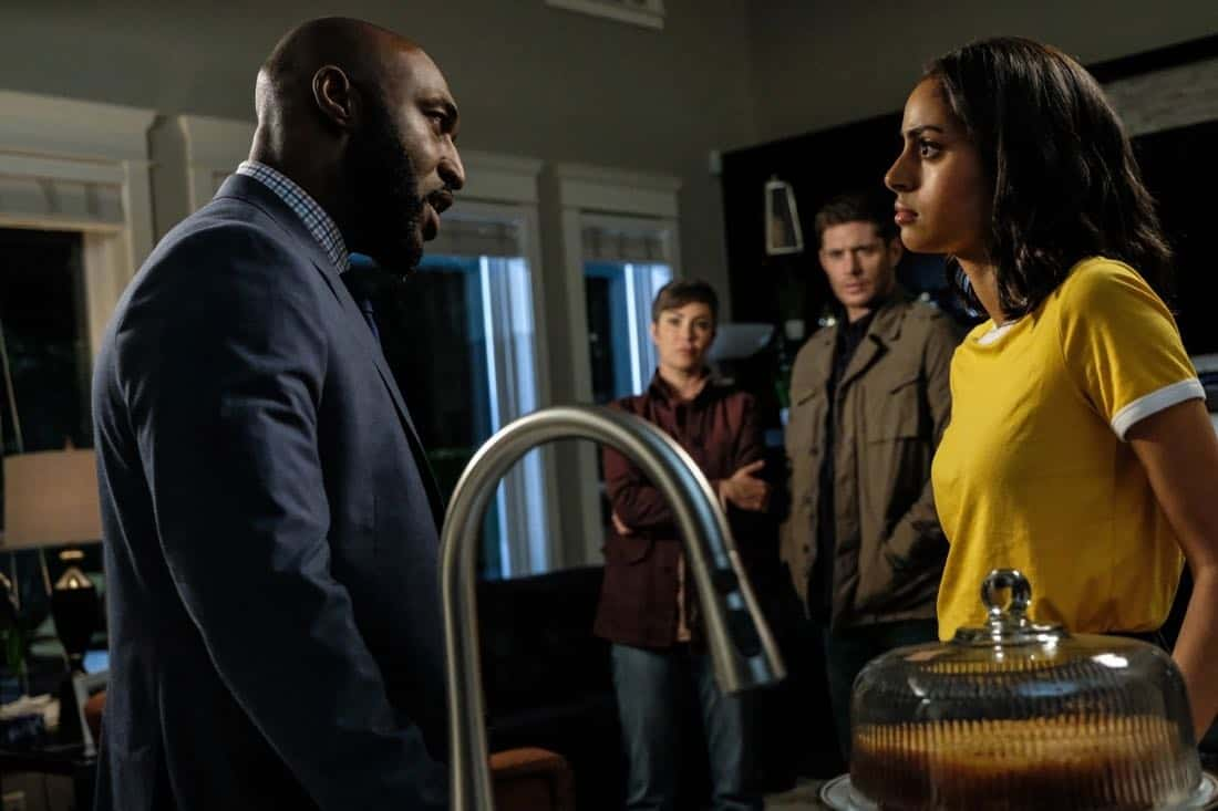 """Supernatural -- """"Patience"""" -- Image Number: SN1303a_0529b.jpg -- Pictured (L-R): Adrian Holmes as James, Kim Rhodes as Jody Mills, Jensen Ackles as Dean and Clark Backo as Patience -- Photo: Bettina Strauss/The CW -- © 2017 The CW Network, LLC All Rights Reserved."""