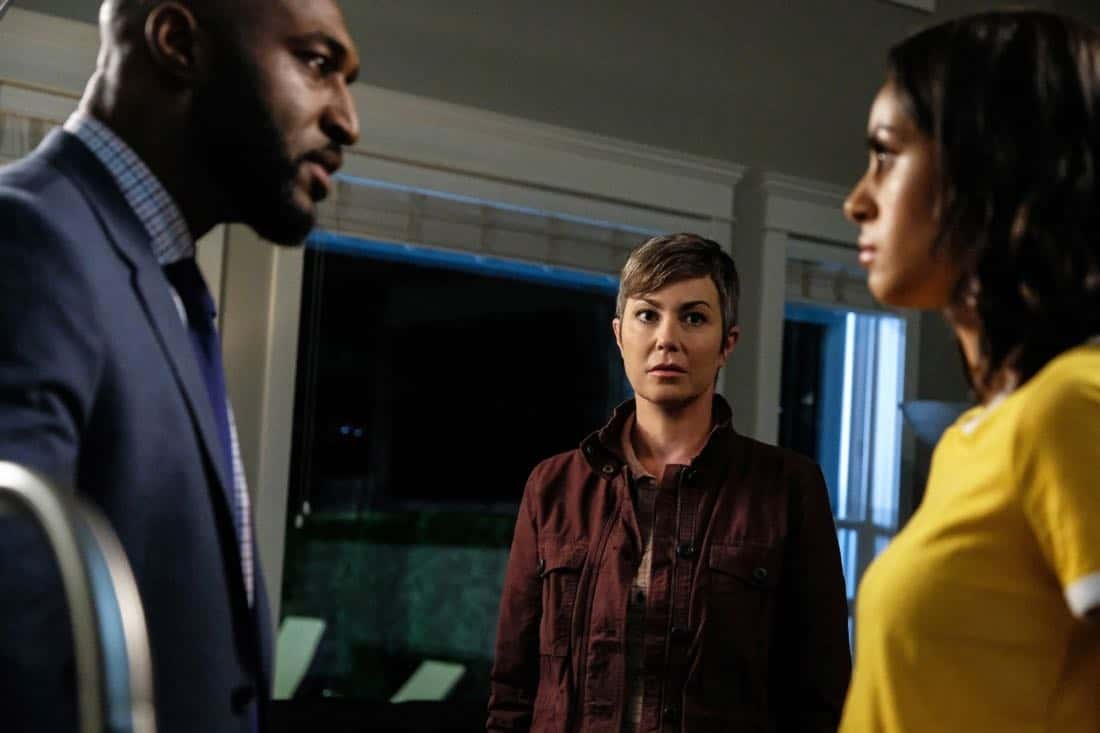 """Supernatural -- """"Patience"""" -- Image Number: SN1303a_0548b.jpg -- Pictured (L-R): Adrian Holmes as James, Kim Rhodes as Jody Mills and Clark Backo as Patience -- Photo: Bettina Strauss/The CW -- © 2017 The CW Network, LLC All Rights Reserved."""