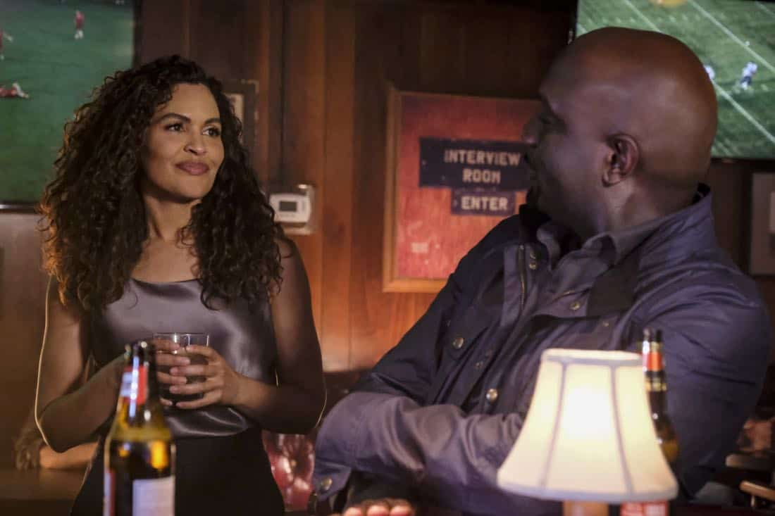 """""""Clear History"""" -- Pictured: Ion Overman as Elena Ruiz and Richard T. Jones as Detective Tommy Cavanaugh. Tanner's previous company claims Sophe was created using their copyrighted codes and legally threatens to shut down the organization.  Also, Cavanaugh works with Tanner to solve the murder of a retired detective after his boss removes him from the case due to a personal connection with the family, on WISDOM OF THE CROWD, Sunday, Oct. 29 (8:00-9:00 PM, ET/PT), on the CBS Television Network. Photo: Darren Michaels/CBS ©2017 CBS Broadcasting, Inc. All Rights Reserved."""