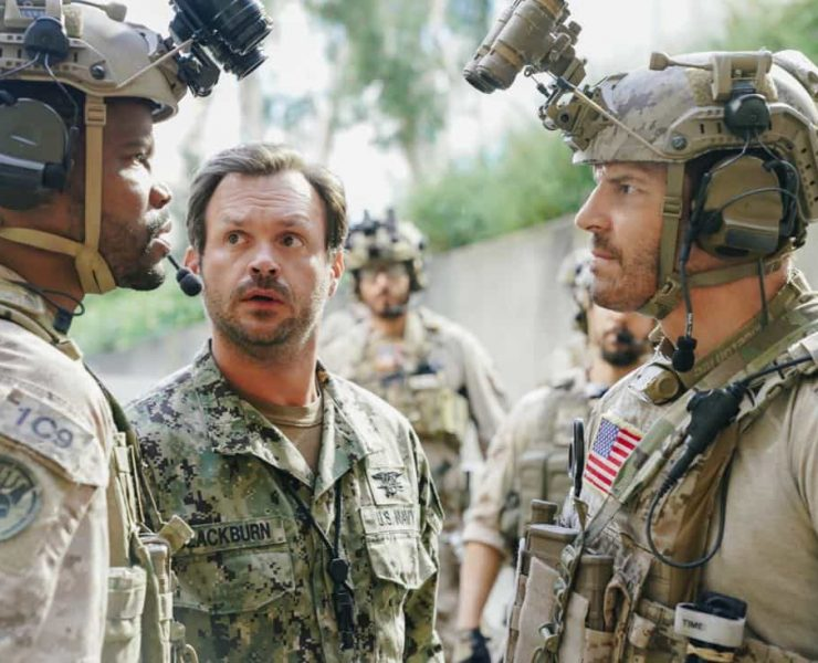 """""""The Spinning Wheel"""" -- The SEAL Team must work with Jason's longtime rival, Beau Fuller (Sharif Atkins), and his team to plan and perfect a raid under the watchful eye of top military brass. Also, Clay delivers solemn news to a teammate's next of kin, on SEAL TEAM, Wednesday, Nov. 1 (9:00-10:00 PM, ET/PT) on the CBS Television Network. Pictured left to right: Judd Lormand as Blackburn and David Boreanaz as Jason Hayes. Photo: Erik Voake/CBS ©2017 CBS Broadcasting, Inc. All Rights Reserved"""