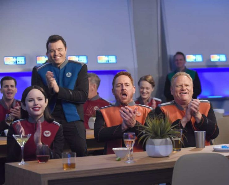 """THE ORVILLE: L-R: Halston Sage, Seth MacFarlane, Scott Grimes and guest star Larry Joe Campbell in the """"Cupid's Dagger"""" episode of THE ORVILLE airing Thursday, Nov. 9 (9:01-10:00 PM ET/PT) on FOX. ©2017 Fox Broadcasting Company. Cr: Ray Mickshaw/FOX"""