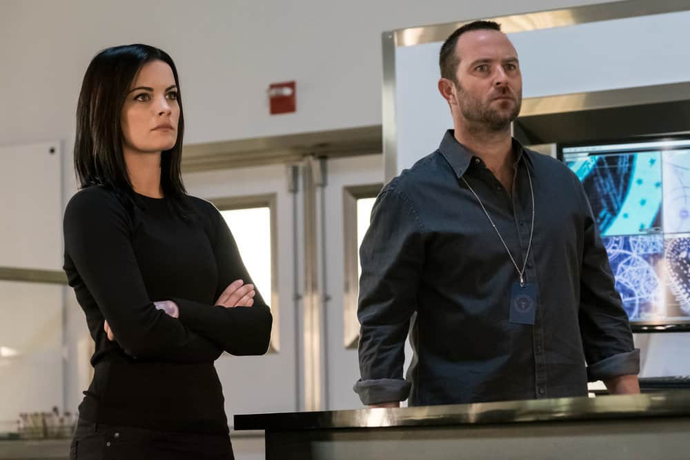 Blindspot Season 3 Episode 3 Photos Upside Down Craft Seat42f