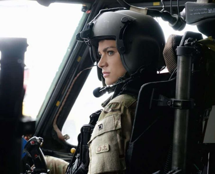 """Valor -- """"Full Battle Rattle"""" -- Image Number: VAL105a_0402.jpg -- Pictured: Christina Ochoa as Nora -- Photo: Jace Downs/The CW -- © 2017 The CW Network. All Rights Reserved."""