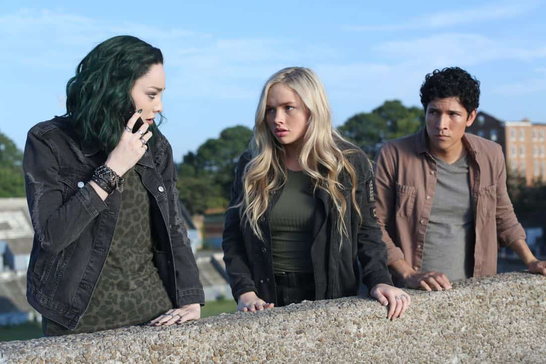"THE GIFTED: L-R: Emma Dumont, Natalie Alyn Lind and guest star Danny Ramirez in the ""got your siX"" episode of THE GIFTED airing Monday, Nov. 6 (9:00-10:00 PM ET/PT) on FOX. ©2017 Fox Broadcasting Co. Cr: Eliza Morse/FOX"