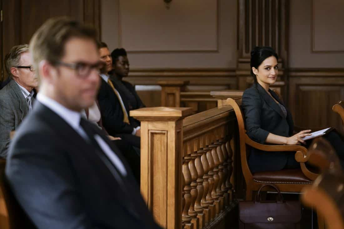"""The Devil, The Detail""-- Bull agrees to help the parents of a former employee sue a drug company when their son commits suicide during a drug trial. However, the task is complicated when the company brings in their own trial scientist, Arti Cander (Emmy Award winner Archie Panjabi),  on BULL, Tuesday, Nov 14 (9:00-10:00 PM, ET/PT) on the CBS Television Network. Pictured L-R: Michael Weatherly as Dr. Jason Bull and Archiue Punjabi as Arti Cander Photo: Patrick Harbron/CBS ©2017 CBS Broadcasting, Inc. All Rights Reserved"