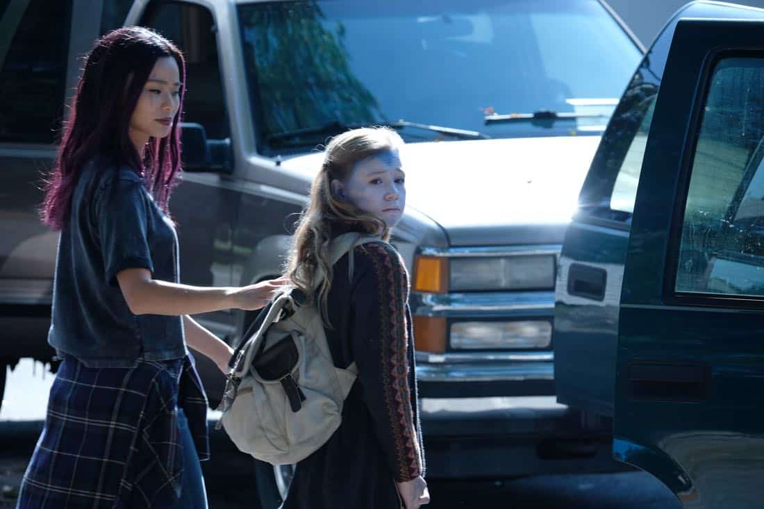 "THE GIFTED:  L-R:  Jamie Chung and guest star Liza Fagin in the ""threat of eXtinction"" episode of THE GIFTED airing Monday, Nov. 20 (9:00-10:00 PM ET/PT) on FOX.  ©2017 Fox Broadcasting Co.  Cr: Eliza Morse/FOX"