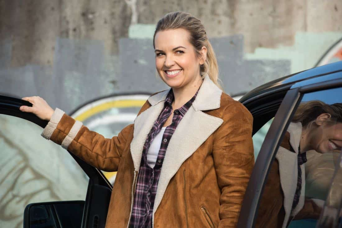 """Supernatural -- """"Wayward Sisters"""" -- Image Number: SN1310c_0120b.jpg -- Pictured: Briana Buckmaster as Donna -- Photo: Dean Buscher/The CW -- © 2017 The CW Network, LLC All Rights Reserved"""