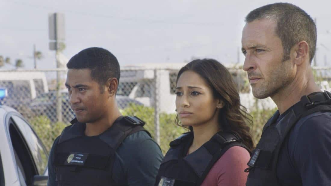 """O ka mea ua hala, ua hala ia.""-- When a man accused of killing his wife threatens to commit suicide, Grover reveals how he too was once on the brink of taking his own life, on HAWAII FIVE-0, Friday, Jan. 12 (9:00-10:00 PM, ET/PT) on the CBS Television Network. Chi McBride appears in a PSA for the National Suicide Prevention Lifeline at the end of the episode. Pictured left to right: Beulah Koale as Junior Reigns, Meaghan Rath as Tani Rey and Alex O'Loughlin as Steve McGarrett. Photo credit: Screengrab/©2017 CBS Broadcasting, Inc. All Rights Reserved.   (""O ka mea ua hala, ua hala ia."" is Hawaiian for ""What is Gone is Gone."")"