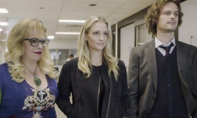 """Full-Tilt Boogie"" -- The BAU team's investigation into the home invasion and attempted homicide of a police chief's wife uncovers a world of secrets in a small town in Virginia, on CRIMINAL MINDS, Wednesday, Jan. 10 (10:00-11:00 PM, ET/PT) on the CBS Television Network. Pictured: Kirsten Vangsness (Penelope Garcia), A.J. Cook (Jennifer ""JJ"" Jareau), Matthew Gray Gubler (Dr. Spencer Reid) Photo: Best Screen Grab Available ©2017 CBS Broadcasting, Inc. All Rights Reserved"