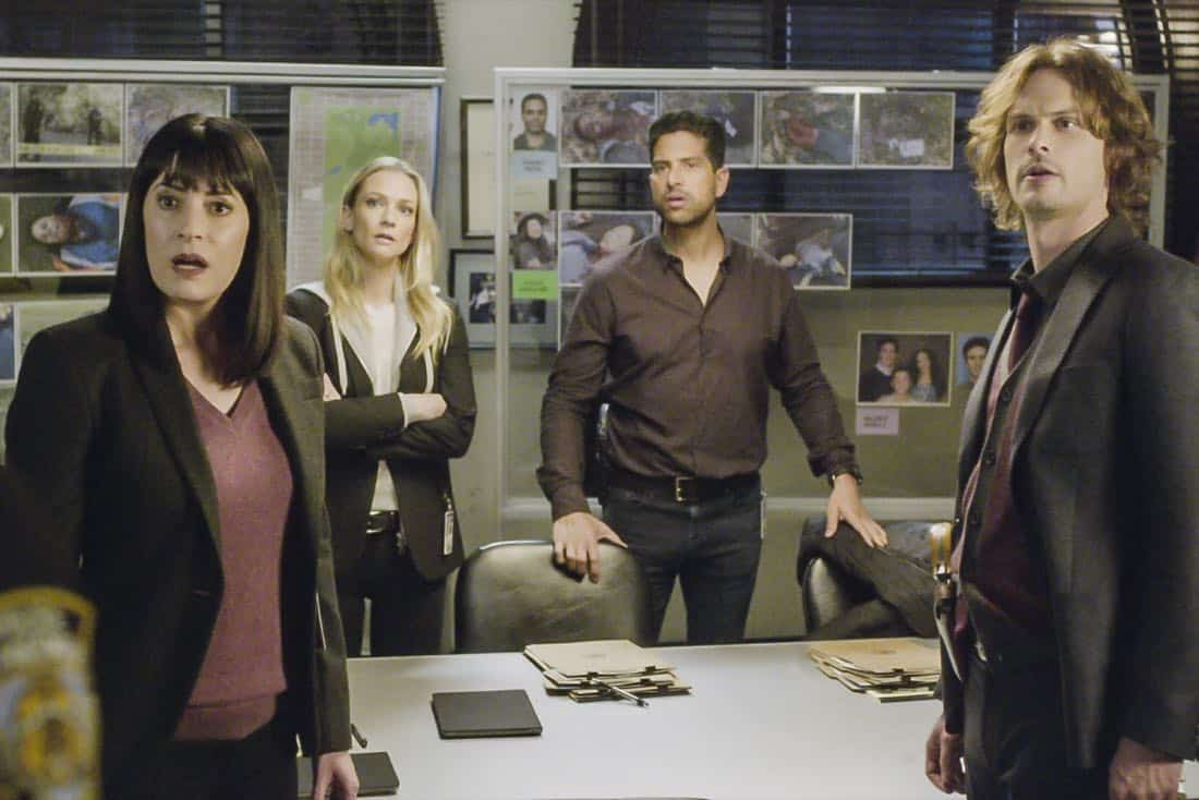 """Bad Moon on the Rise"" -- The BAU is called to New York when several casualties of a brutal nature are reported in Central Park, on CRIMINAL MINDS, Wednesday, Jan. 17 (10:00-11:00 PM, ET/PT) on the CBS Television Network. Pictured: Paget Brewster (Emily Prentiss), A.J. Cook (Jennifer ""JJ"" Jareau), Adam Rodriguez (Luke Alvez), Matthew Gray Gubler (Dr. Spencer Reid) Photo: Best Screen Grab Available ©2018 CBS Broadcasting, Inc. All Rights Reserved"