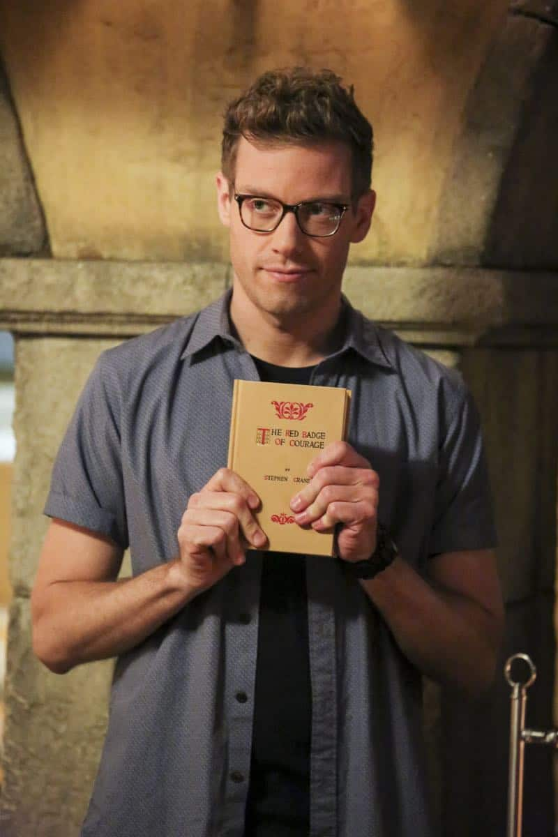 """Cac Tu Nhan"" -- Pictured: Barrett Foa (Tech Operator Eric Beale). While Hetty is being tortured by her captors in Vietnam, Eric and Nell find a clue to her whereabouts, prompting the team to organize a rescue mission with very little information, on NCIS: LOS ANGELES, Sunday, Jan. 14 (9:00-10:00 PM, ET/PT) on the CBS Television Network. Carl Lumbly guest stars as Charles Langston and John M. Jackson guest stars as A.J. Chegwidden. Photo: Michael Yarish/CBS ©2017 CBS Broadcasting, Inc. All Rights Reserved."